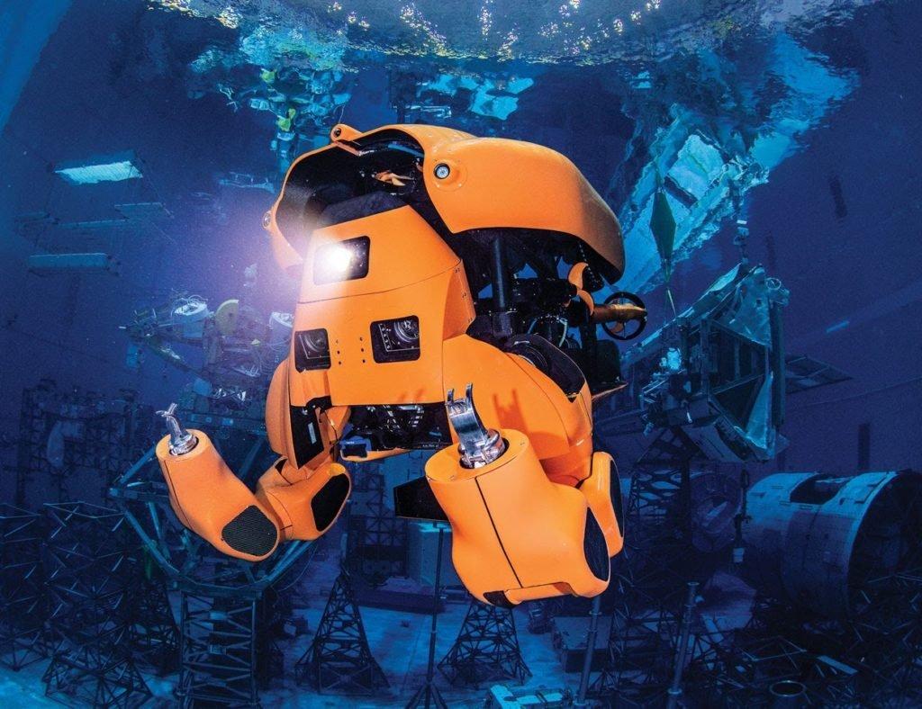 Robot transformer subacqueo