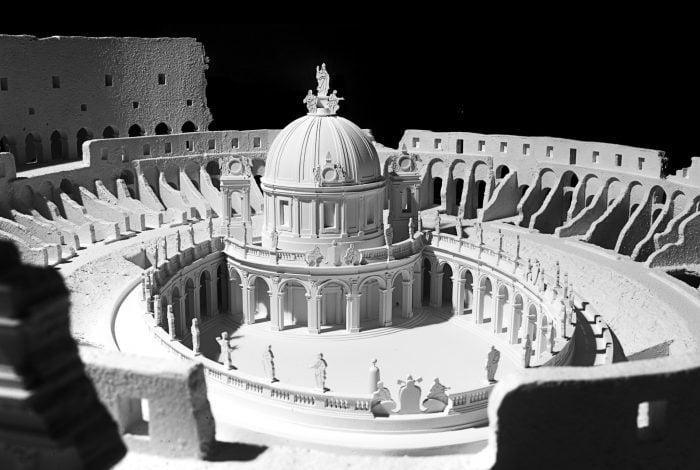 Chiesa nel Colosseo