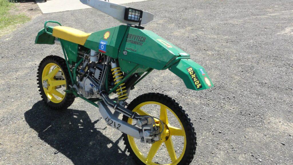 Fluid Drive, moto guidata ad acqua da Yamaha