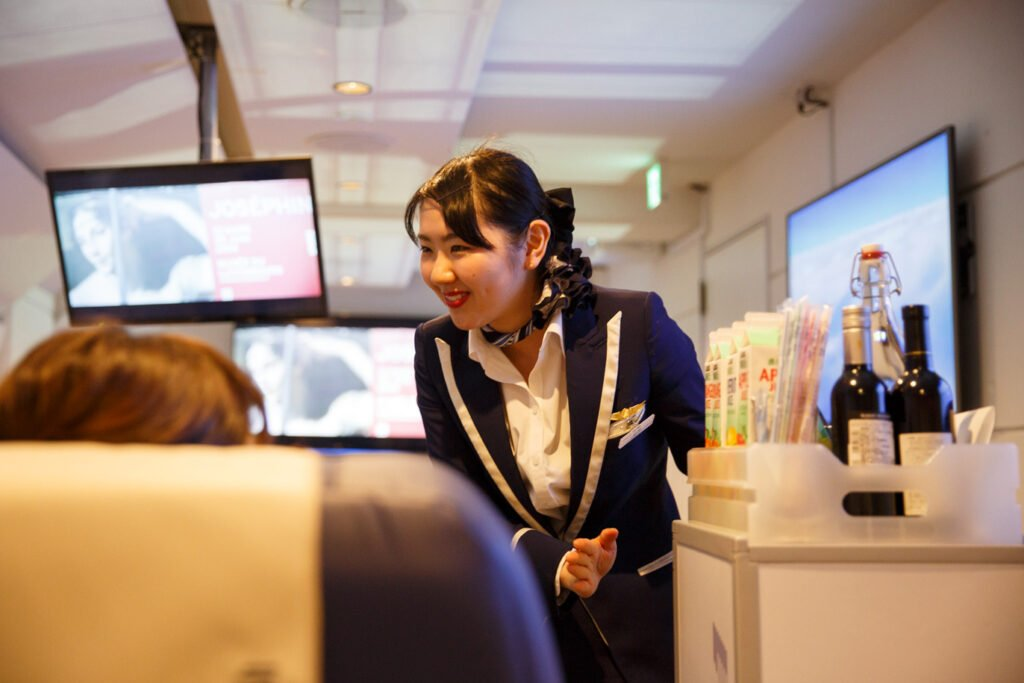 Viaggi in realtà virtuale, vacanze virtuali con Tokyo First Airlines