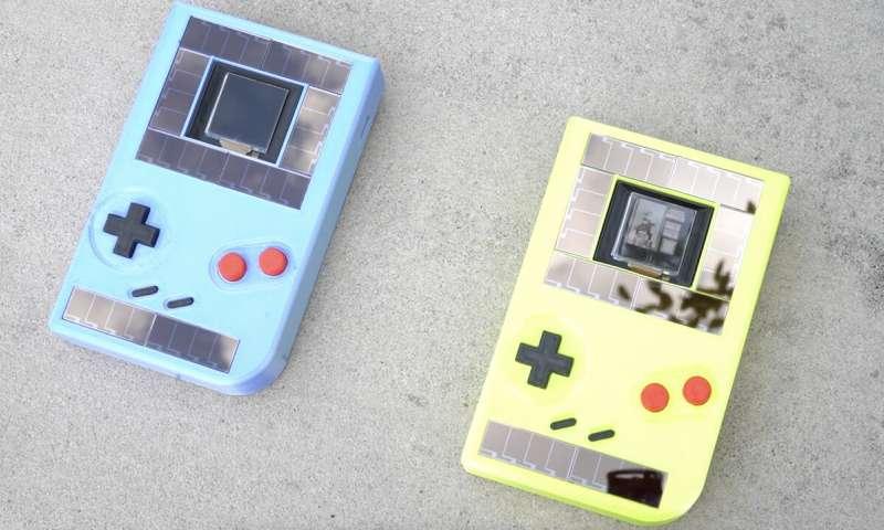 Videogioco sostenibile, Game Boy senza batteria