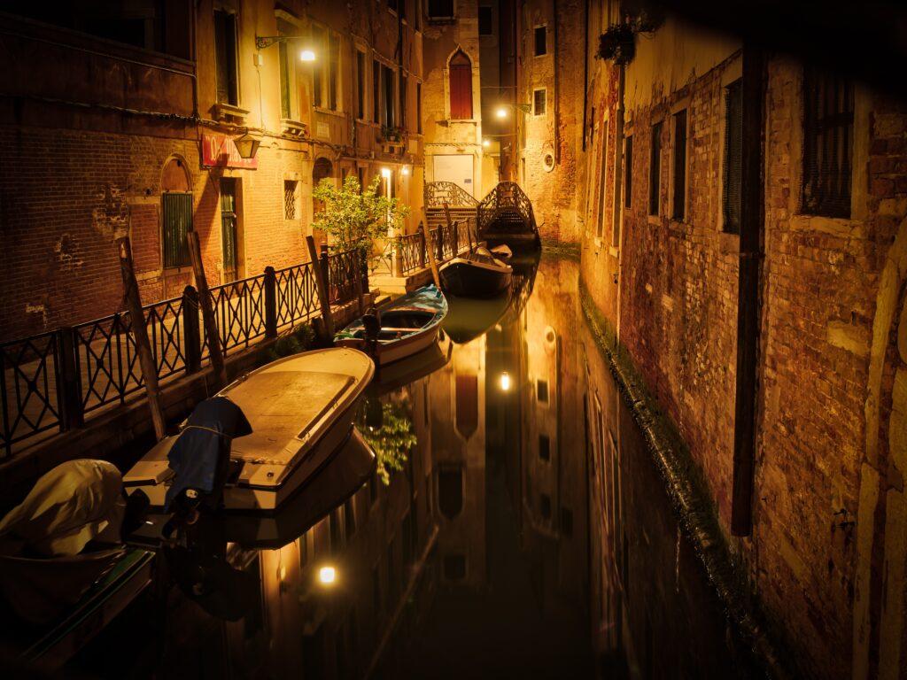 boats between buildings