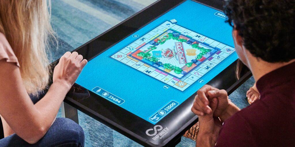 Infinity Game Table, i giochi da tavolo da remoto