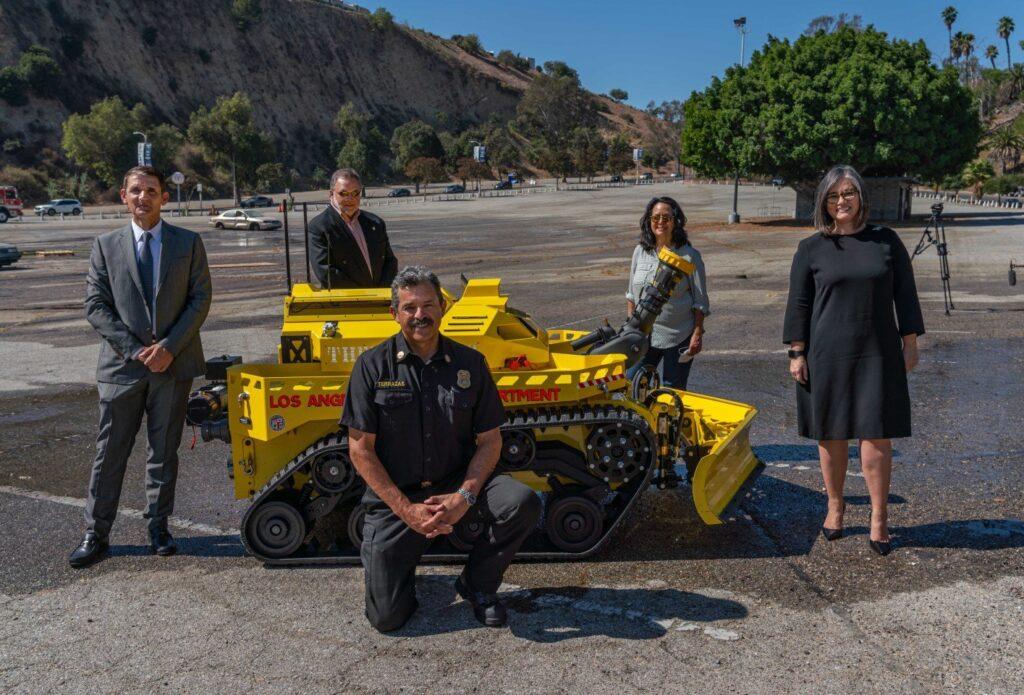 Thermite S3, robot antincendio pompiere dei vigili del fuoco di Los Angeles